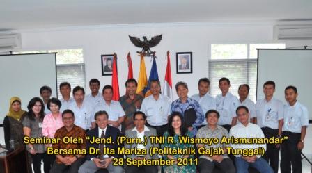Seminar oleh Jend. (Purn) TNi R. Wismoyo Arismunandar, pada tanggal 28 September 2011